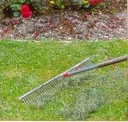 Мульчирование или как использовать скошенную траву.